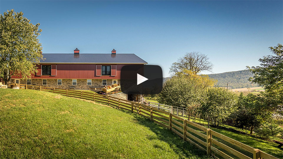 [Video] New Barn that Looks Classic – The Building Showcase