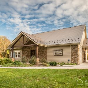 Mountain View Cabin at Woodcrest Retreat in Ephrata, PA