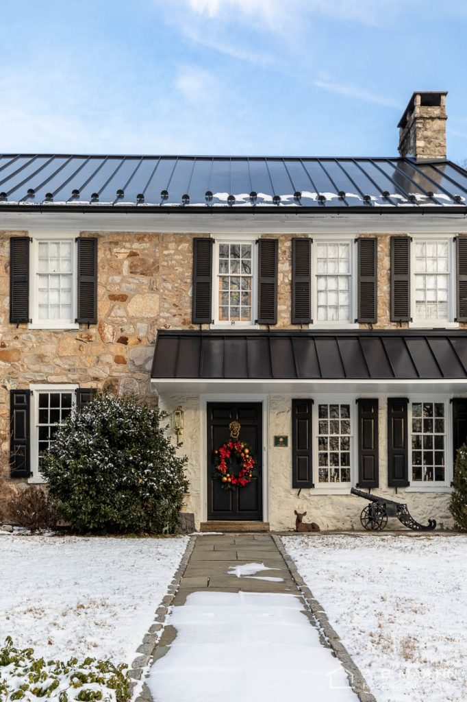 Historic House with Matte Black ABSeam